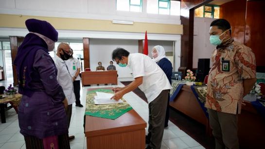 drg. Delimona, Sp.KG Resmi Jabat Direktur RSGM FKG Unand